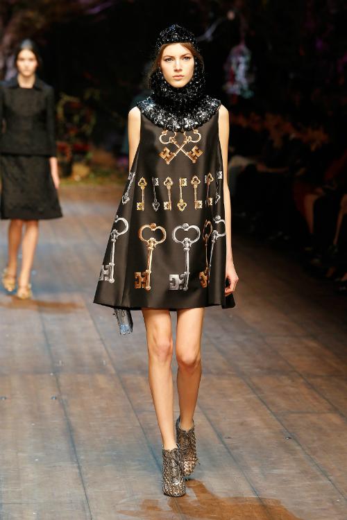 dolce-and-gabbana-fw-2014-2015-women-fashion-show-runway-49
