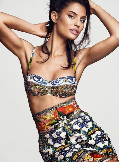 bianca-balti-in-dolce-and-gabbana-dress-telva-magazine-july-2014-4 (500x681)