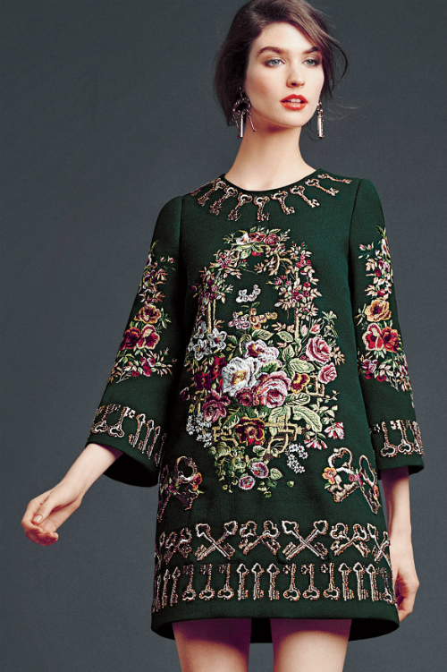 dolce-and-gabbana-winter-2015-woman-collection-43