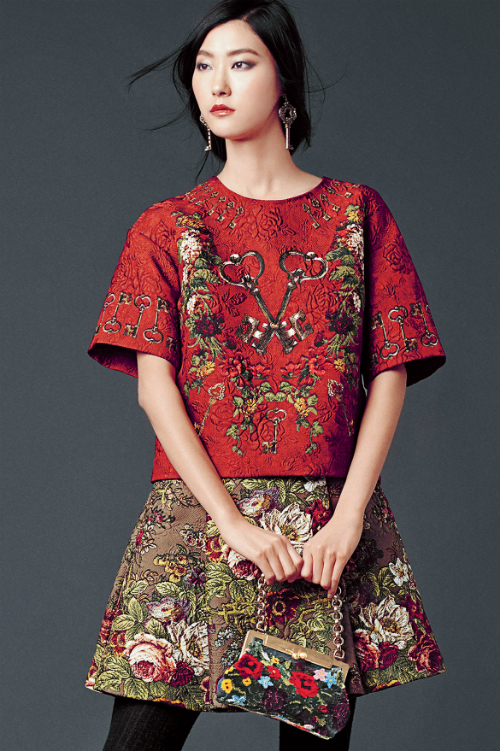 dolce-and-gabbana-winter-2015-woman-collection-56