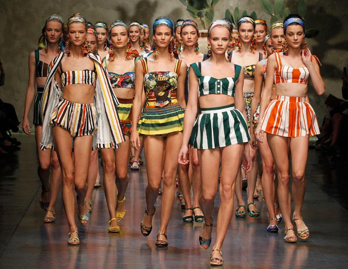 Женская коллекция Dolce&Gabbana SS13, финал