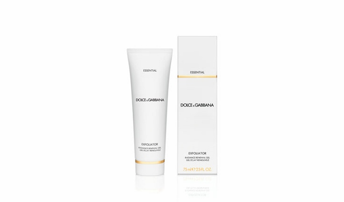 dolce-and-gabbana-skincare-essential-cleansing-exfoliator (710x417)
