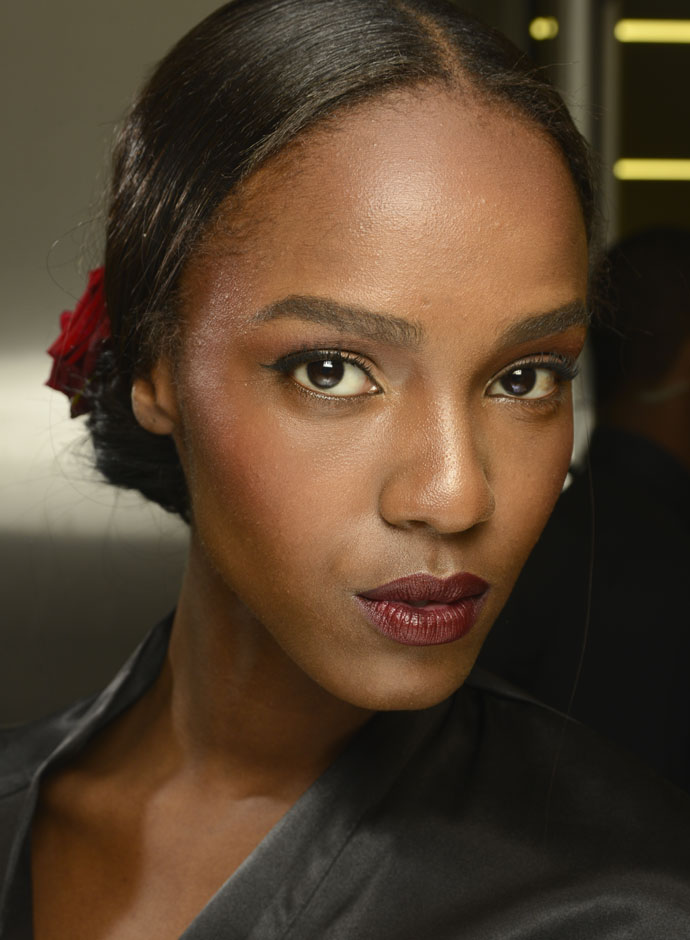 dolce-and-gabbana-spring-summer-2015-womens-fashion-show-backstage-pictures-leila-nda-fashion-29