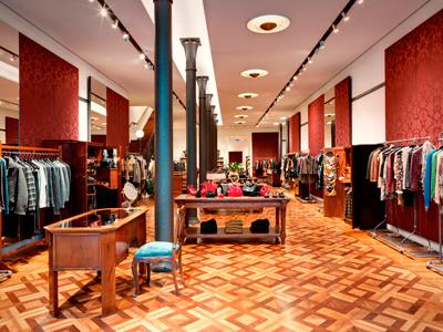 Бутик Dolce&Gabbana на Corso Venezia в Милане