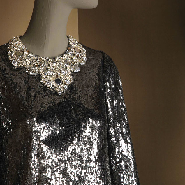 sparkling-holiday-party-looks-2014-crystal-and-sequined-top-from-dolce-and-gabbana-fw