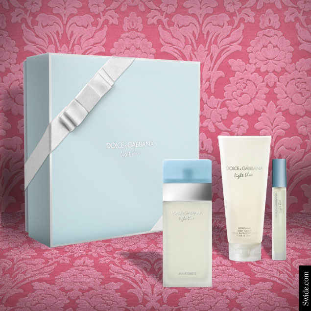 christmas-2014-dolcegabbana-fragrances-boxsets-light-blue-her