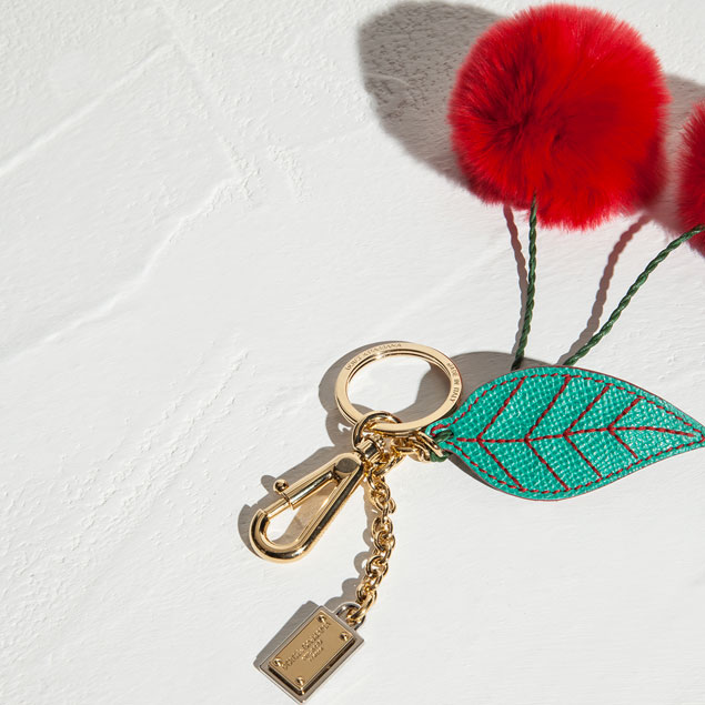 dolce-and-gabbana-fall-winter-2014-2015-sicilian-charms-collection-for-christmas-cherry-fur-key-holder