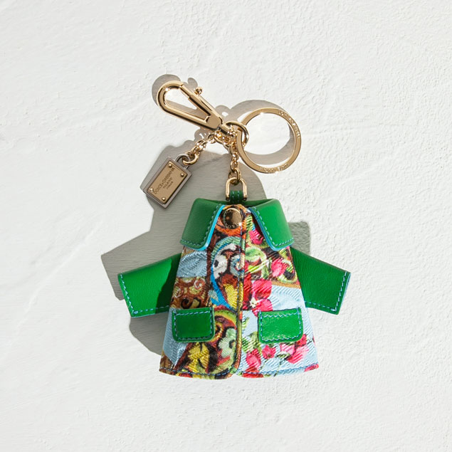 dolce-and-gabbana-fall-winter-2014-2015-sicilian-charms-collection-for-christmas-sicilian-print-leather-mini-coat-key-holder