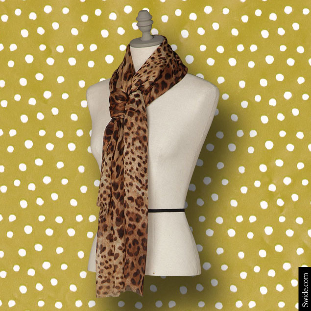 last-minute-christmas-gift-ideas-2014-for-women-best-stocking-fillers-dolce-and-gabbana-leopard-print-scarf