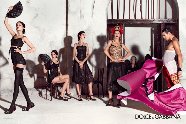 dolce-and-gabbana-spring-summer-2015-ad-campaign-woman-collection-photos-03 (1) (710x474)