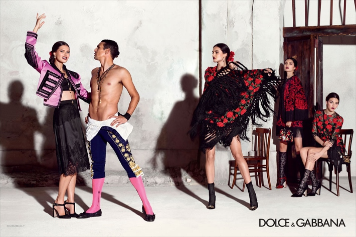 dolce-and-gabbana-spring-summer-2015-ad-campaign-woman-collection-photos-07 (710x474)