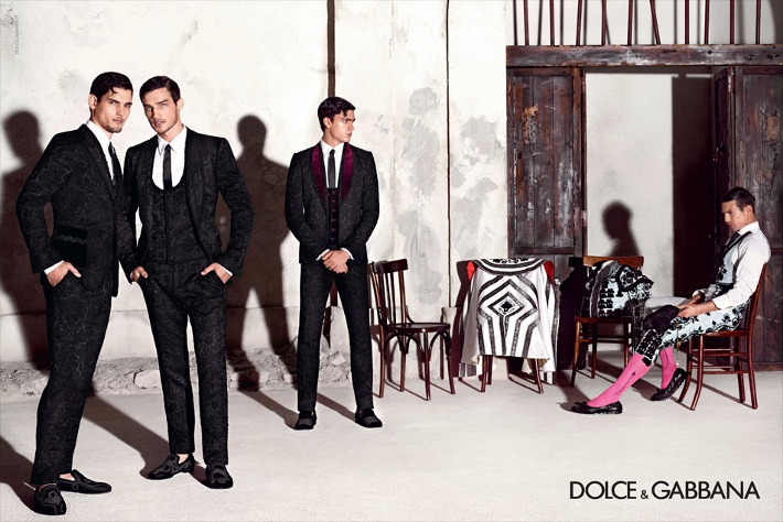 dolce-and-gabbana-spring-summer-2015-ad-campaign-man-collection-photos-02 (710x474)