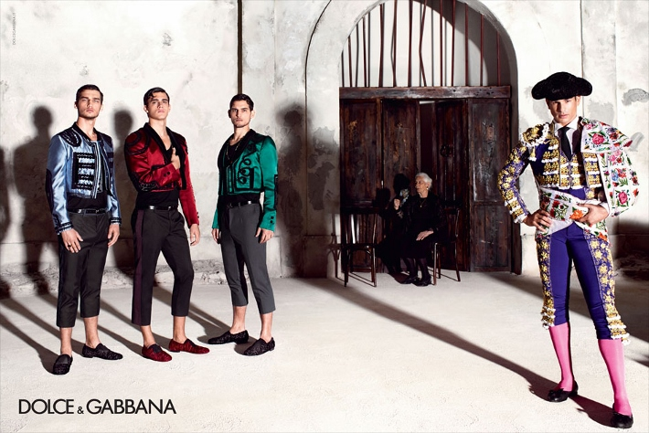 dolce-and-gabbana-spring-summer-2015-ad-campaign-man-collection-photos-05 (710x474)