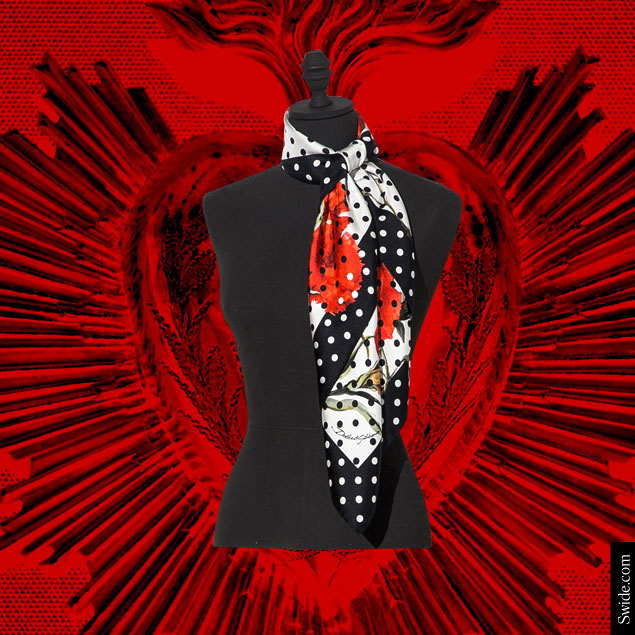 top-10-valentines-day-gift-ideas-2015-for-women-best-present-for-wife-or-girlfriend-dolce-and-gabbana-foulard