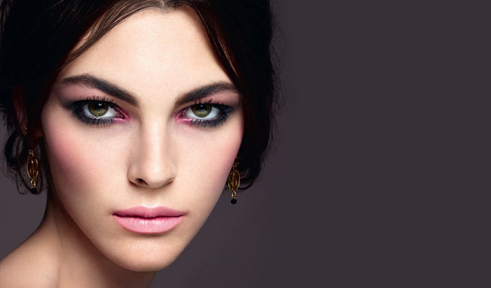 dolce-and-gabbana-make-up-spring-colour-collection-look (710x417)
