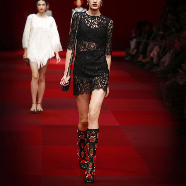 spring-summer-2015-fashion-trends-dolce-and-gabbana-black-laced-dress