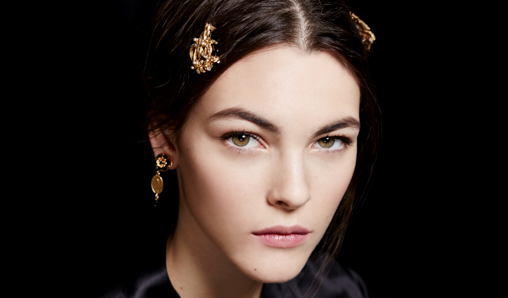 dolce-and-gabbana-fall-winter-2015-16-beauty-look-tips-and-products-02