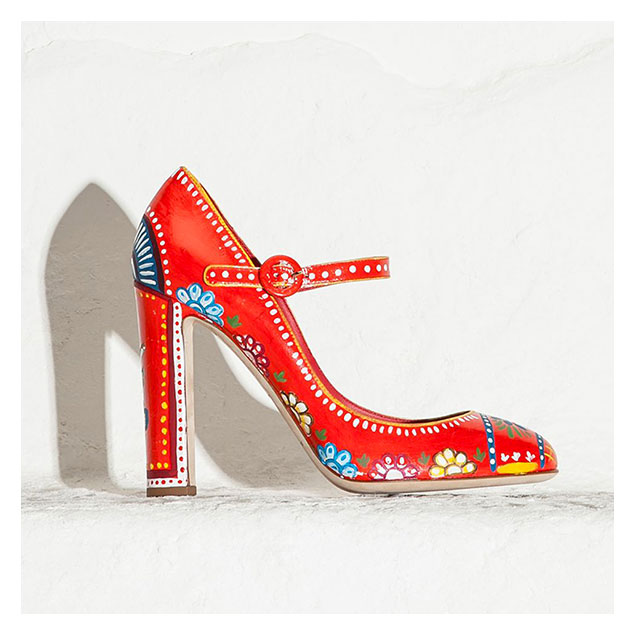 Spring-Summer-2015-fashion-trends-Dolce-and-Gabbana-sicilian-cart-print-mary-jane-shoes