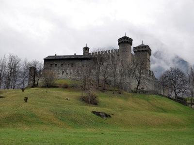 Замок Фенис, Аоста