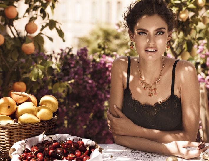 Бьянка Балти - лицо коллекции Dolce&Gabbana Jewellery Mamma