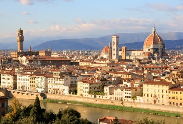 Вид на город с площади Микеланджело
