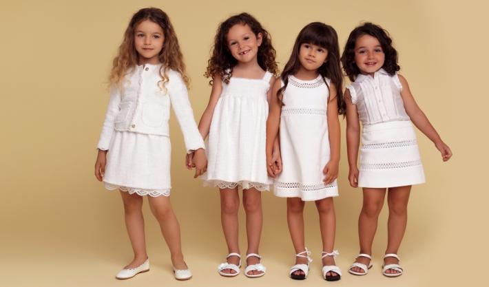 Детская коллекция Dolce&Gabbana для особых случаев, белые платья