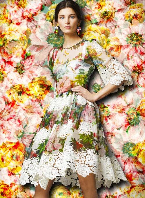 Женская коллекция Dolce&Gabbana, шифоновое платье с кружевной аппликацией