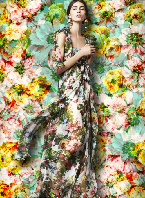 Женская коллекция Dolce&Gabbana, платье из шелка и шифона