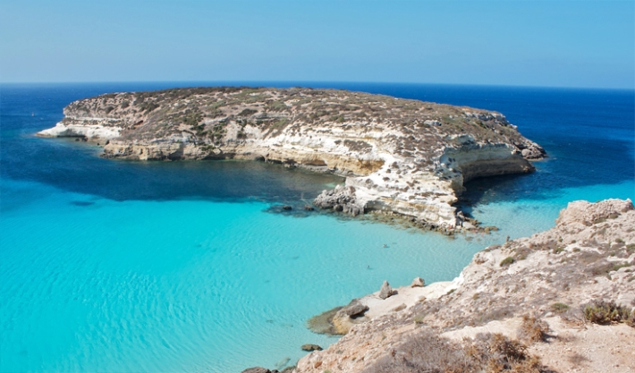 Пляж Рэббит-Бич (Isola del coniglio), Лампедуза, Сицилия