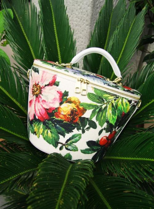 Аксессуары из предколлекции Dolce&Gabbana FW14, сумка-шоппер с цветочным принтом
