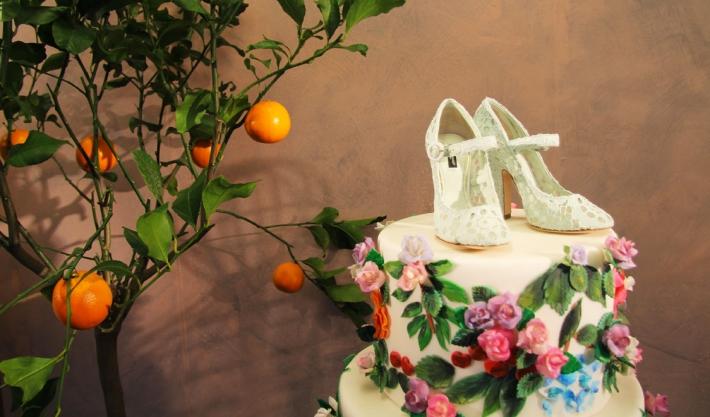 Аксессуары из предколлекции Dolce&Gabbana FW14, кружевные туфли с ремешком