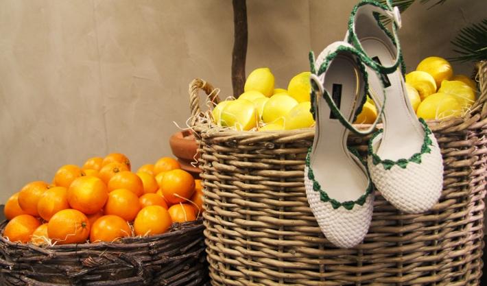 Аксессуары из предколлекции Dolce&Gabbana FW14, туфли-лодочки из рафии