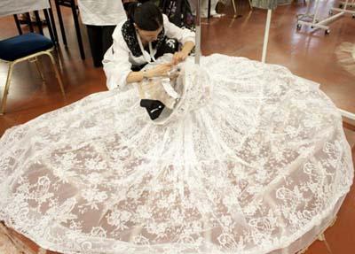 Анна Делло Руссо, Dolce&Gabbana от-кутюр, кружево