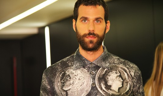 models-backstage-dolce-gabbana-ss-2014-men-fashion-show-coin-shirt