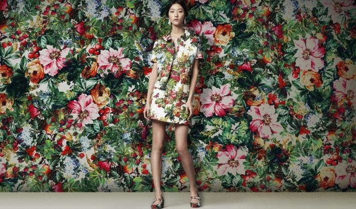 Dolce&Gabbana FW 2014, парчовый костюм с цветочным принтом