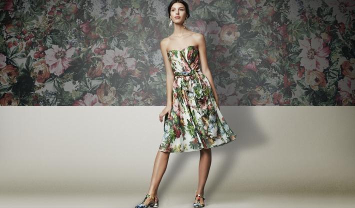 Dolce&Gabbana FW 2014, платье-бюстье из шифона с цветочным принтом.