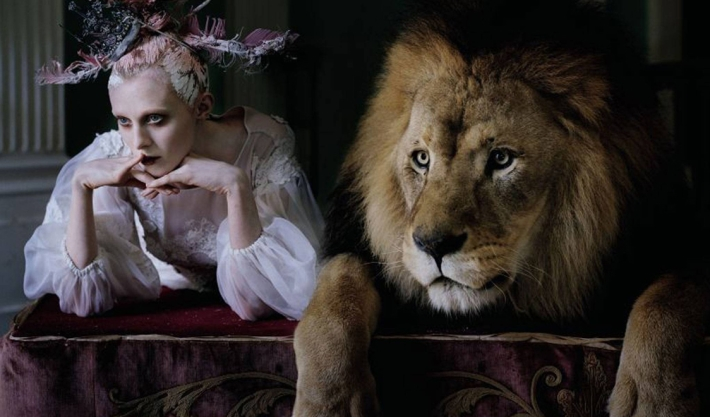 Dolce&Gabbana Alta Moda в объективе Тима Уокера в юбилейном номере Love Magazine