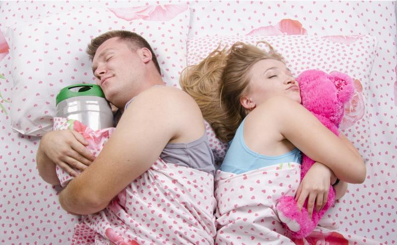 Прикольные картинки муж и жена спят, картинки школьным