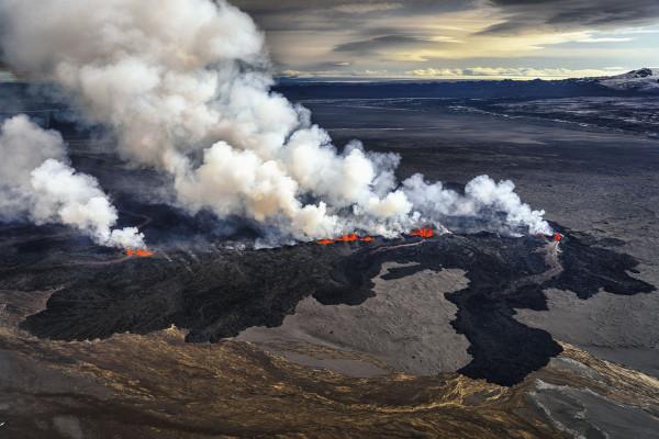 Iceland%20Volcano%20Lava%20Flow%2010