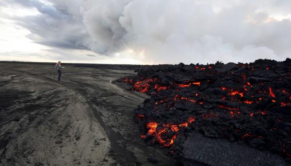 Iceland%20Volcano%20Lava%20Flow%2011