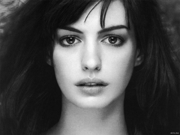anne-hathaway_mary