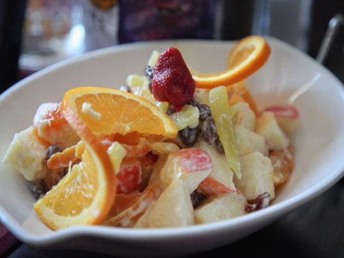 retsept-ekzoticheskogo-fruktovogo-salata-s-mayonezom