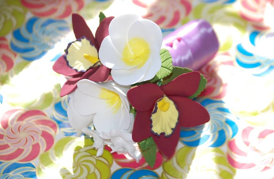 6 орхидеи букет