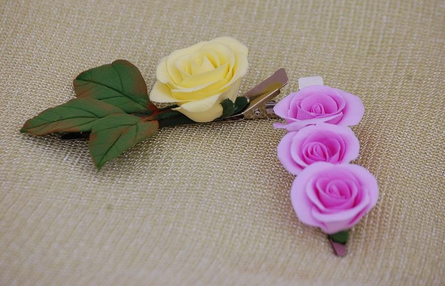 9 заколочки с розами