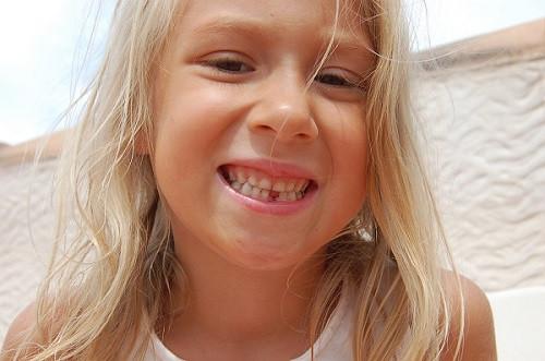 зуб первый
