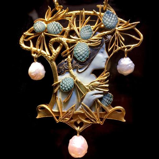 Прекрасные украшения в стиле ар-нуво