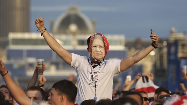 Пойдет ли королева смотреть футбольный финал