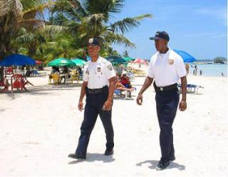 полиция в доминикане, политур