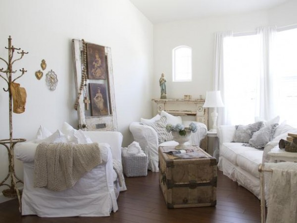 Original_Dustylu-Interiors-full-living-room-shot-shabby-chic_s4x3_lg