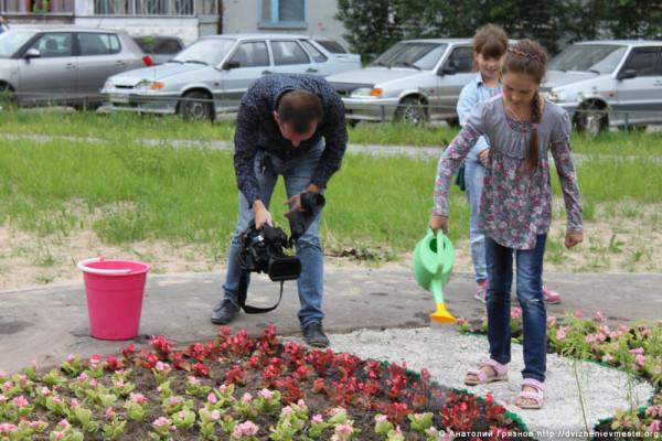 Вологда. Клумба на Псковской на месте точечной застройки (10)